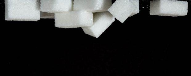 Action coup de poing – un monticule de paquets de sucre à  Times Square!!